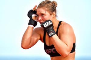 rousey-fighting