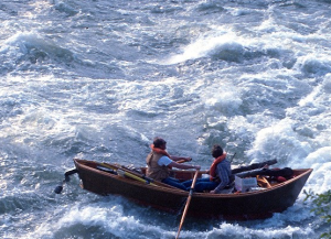 drift-boat-in-rapids