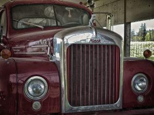 mack-truck-vintage